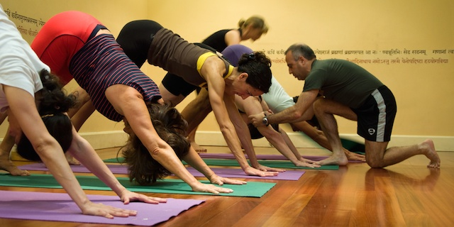 Intensivo Yoga Iyengar - Ramon Clares - 30 Junio y 1 Julio